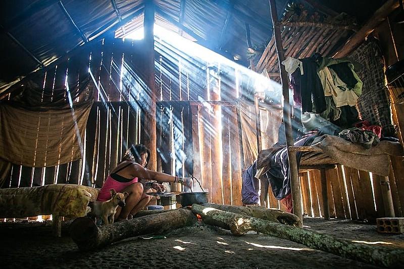 Na Aldeia Mata Sagrada, em Maquiné, guaranis lutam pela preservação de sua cultura e do seu modo de ser.