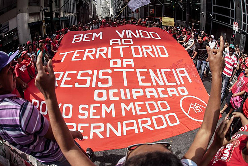 Os sem-teto exigem uma resposta sobre as negociações do acampamento Povo Sem Medo de São Bernardo do Campo