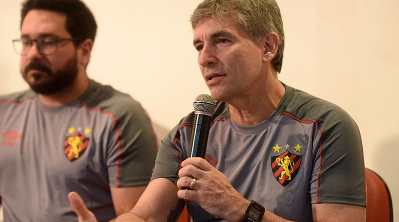 Dornellas comandou as equipes locais nas últimas 7 temporadas, conseguindo manter-se sempre entre os 4 primeiros colocados