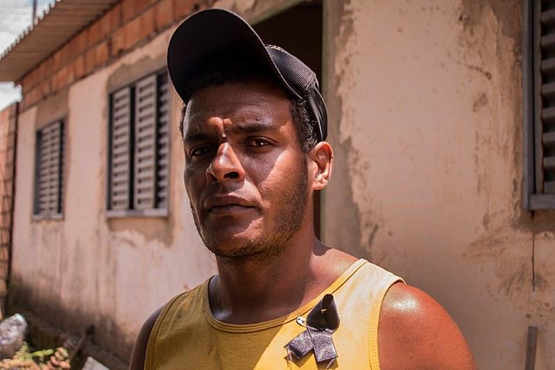 Nascido e criado em Córrego do Feijão, o mecânico Cleiton não consegue se enxergar mais no local onde passou toda a sua vida