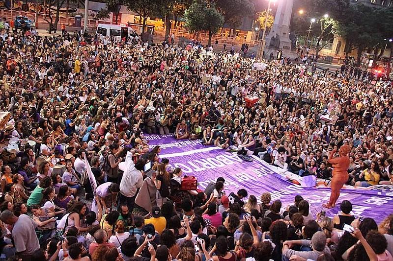 Ato pelo direito ao aborto, no Rio de Janeiro (RJ), em outubro de 2016