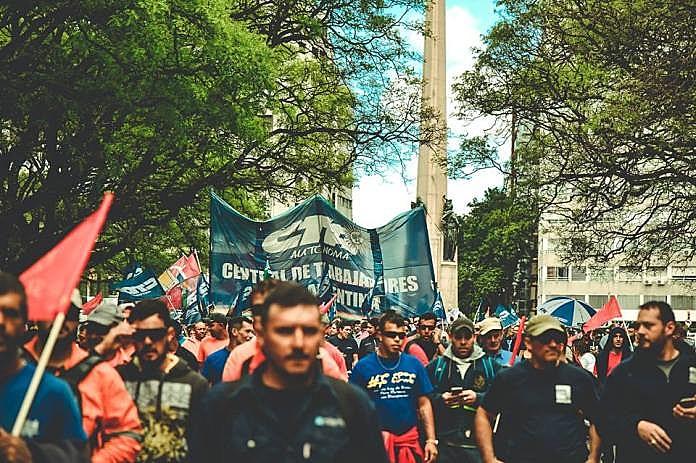 Marcha iniciou as atividades em Montevidéu