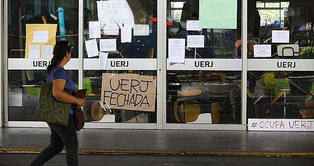 La Universidad del Estado de Rio de Janeiro (UERJ) cerró las puertas por tiempo indeterminado tras atraso en los pagos