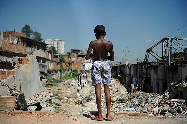 La Favela del Metro, en Rio de Janeiro, tras demolición de ocupaciones consideradas irregulares, en 2014