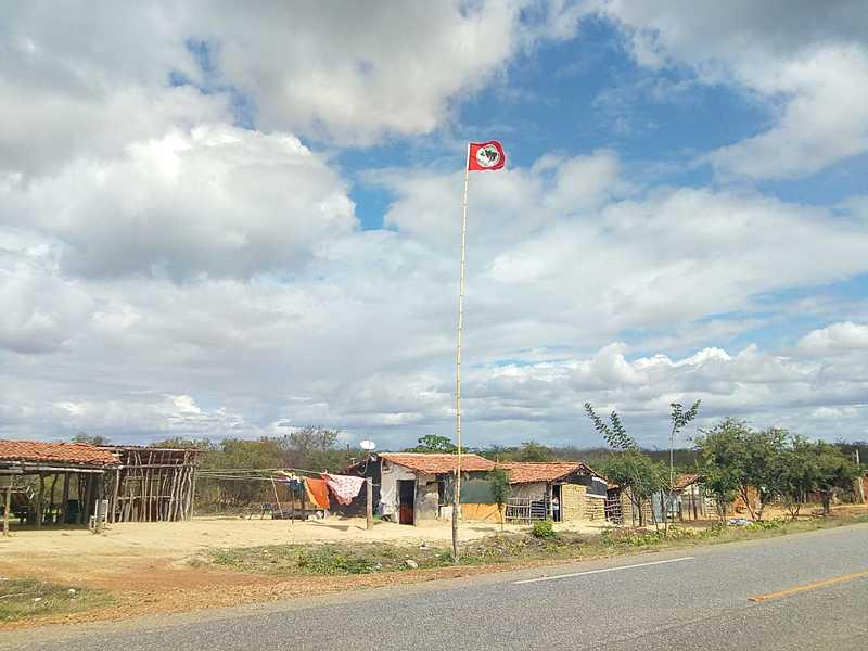 Acampamento Antônio Batista, onde vive militante ferido, está em área de conflito rural