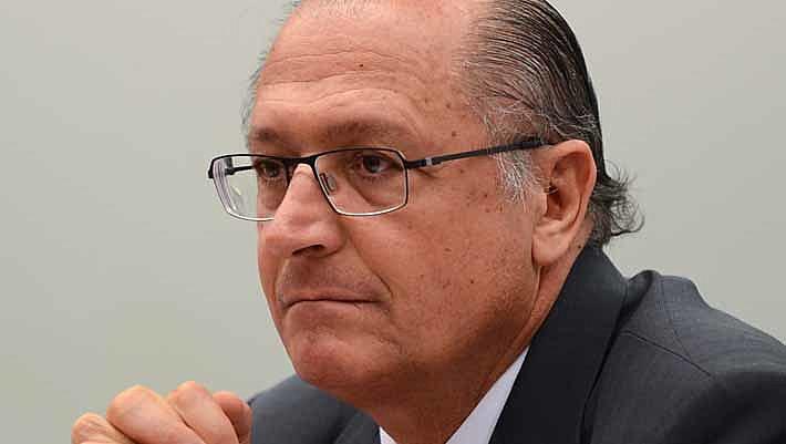 """""""A candidatura que de fato aglutina grande parte da base de apoio do governo atual é a candidatura de Geraldo Alckmin"""""""