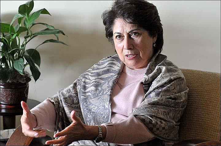 """""""Só quem viveu a perda da liberdade sabe o quanto doloroso é"""", diz Zélia Passos, presa gravida durante a Ditadura Militar."""