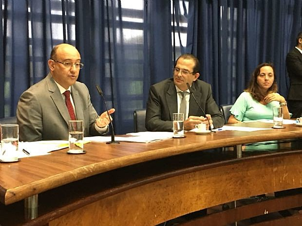 Carlos Neder solicitou ao procurador a relação de todos os procedimentos abertos pelo órgão, relativos às organizações sociais de saúde