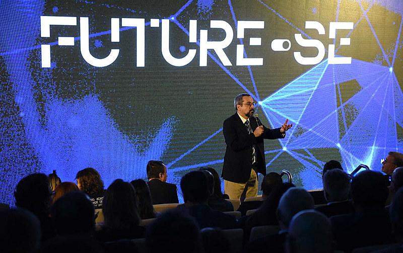 """Ministro Abraham Weintraub durante apresentação do projeto """"Future-se"""" em julho deste ano"""