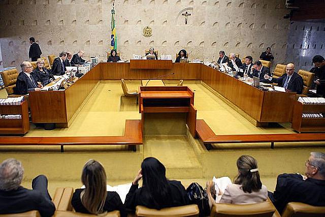 La mayoría de los ministros decidió garantizar la libertad de Lula hasta el juicio definitivo de su habeas corpus