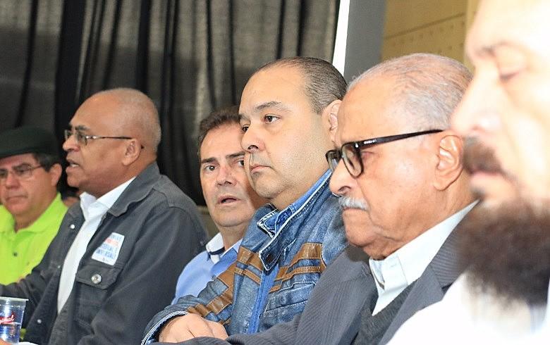 Reação a ataques aos direitos de trabalhadores uniu dirigentes das centrais sindicais em São Paulo