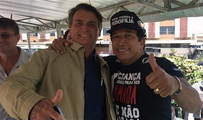 Bolsonaro tem relação instável com aliados que garantiram o apoio de parte dos evangélicos na eleição, como Magno Malta (dir.)