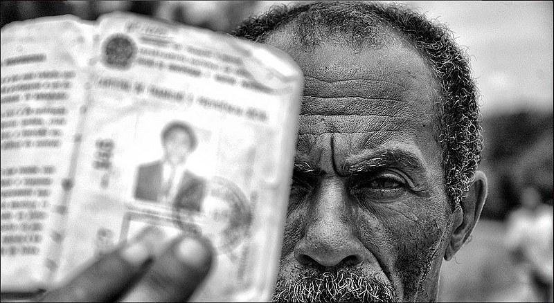 """""""Caso consigam se aposentar, ainda é preciso contribuir por 40 anos para ter aposentadoria integral"""" - Liberalino Lucena"""