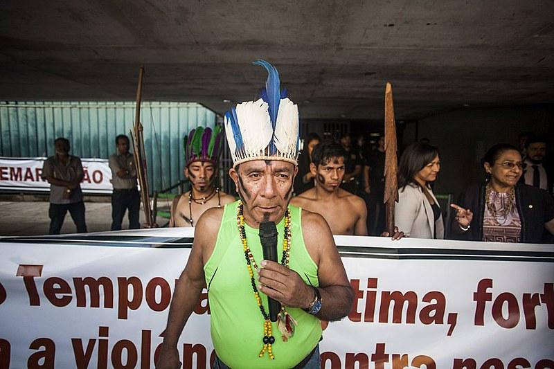 Indígenas foram barrados e não puderam acompanhar primeiro turno da sessão