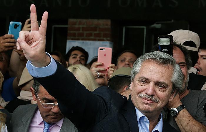 Para Juan Grabois, governo de Fernández começará mandato com acertos na política internacional, com propostas de integração latino-americana
