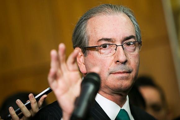 Cunha terá que devolver o que surrupiou da Petrobras por ter recebido propina em contrato com a empresa petrolífera