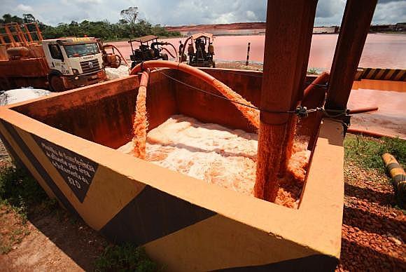 Secretaria de Meio Ambiente do Pará monitora níveis das bacias do sistema de tratamento de rejeitos nas instalações da mineradora Hydro Alun